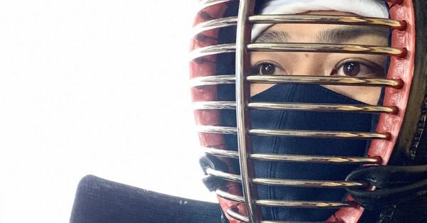 剣道用マスクで「ドウ!」だ 防具に固定し息苦しさ解消 受注販売を開始