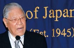 来日して記者会見する李登輝・元台湾総統=2007年6月