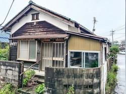 約20万円で売買が成立した山口県内の一戸建ての空き家。修繕が終わり、近く貸し出されるという 小田商事提供