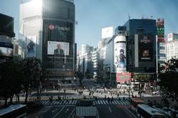 渋谷区のスクランブル交差点風景(Bloomberg)