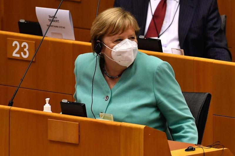 ドイツが柔軟な態度を示し、南北間の対立は一時的に収まったが……(Bloomberg)