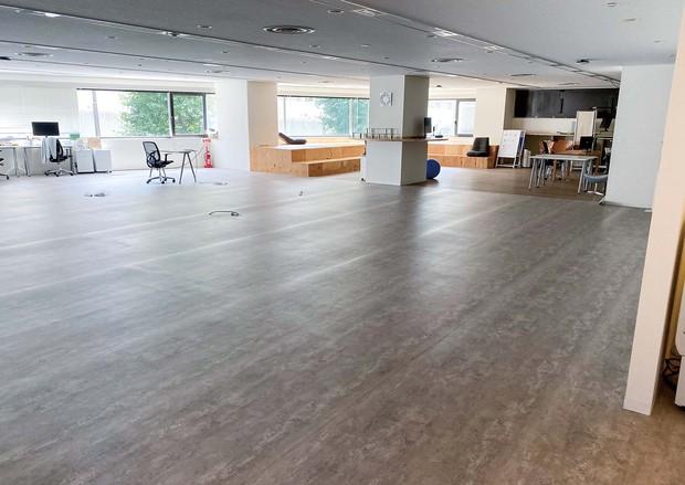 東京都渋谷区にあるベンチャー企業「LARAS」のオフィス。撤退の準備が進む (LARAS提供)