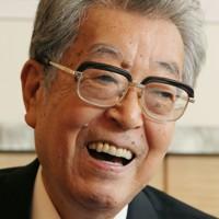 渡部恒三さん 88歳=元通産相、衆院副議長(8月23日死去)