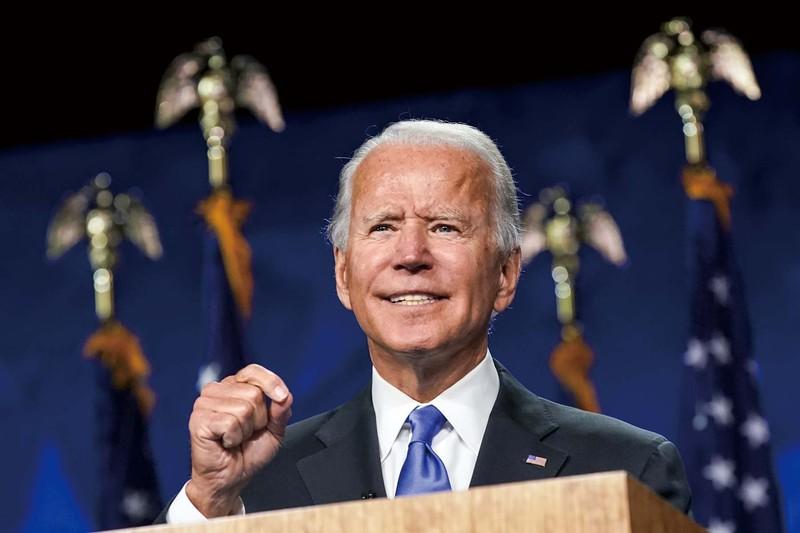 バイデン氏の公約には過去の民主党の面影が宿る (Bloomberg)