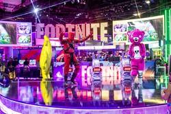 フォートナイトのゲームキャラは絶大な人気(2019年6月12日、米ロサンゼルスで開催された世界最大のコンピューターゲーム見本市のE3=Electronic Entertainment Expo(Bloomberg)