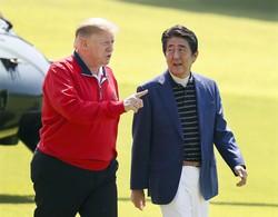 トランプ氏の懐に飛び込んで得たものは……(千葉県内のゴルフ場で2019年5月26日)(Bloomberg)