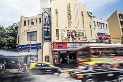 ムンバイにある映画館 (Bloomberg)