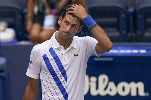 Tennis Djokovic Out Of Us Open After Hitting Line Judge With Ball The Mainichi