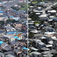 台風15号で被害から1年がたった千葉県鋸南町。被害を受けた住宅にかけられたブルーシートは少なくなっていた=2020年9月4日、竹内紀臣撮影(右)、台風15号で被害を受け、屋根にブルーシートが掛けられた住宅が並ぶ=2019年9月16日、佐々木順一撮影