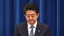 記者会見で辞任を表明する安倍晋三首相=首相官邸で2020年8月28日、竹内幹撮影