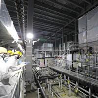 汚染水の処理に使われている多核種除去設備「ALPS」=福島県大熊町で2020年9月1日、小川昌宏撮影