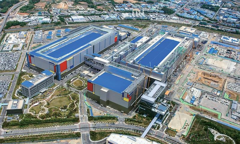 巨額を投じたサムスン電子の平沢半導体工場「P2」 サムスン電子提供