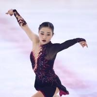 フィギュアスケート「ドリーム・オン・アイス」でSPを披露する河辺愛菜=横浜市のコーセー新横浜スケートセンターで2020年9月12日(代表撮影)