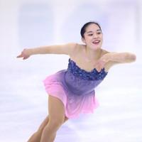 フィギュアスケート「ドリーム・オン・アイス」でSPを披露する川畑和愛=横浜市のコーセー新横浜スケートセンターで2020年9月12日(代表撮影)