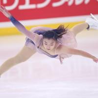 フィギュアスケート「ドリーム・オン・アイス」でSPを披露する坂本花織=横浜市のコーセー新横浜スケートセンターで2020年9月12日(代表撮影)