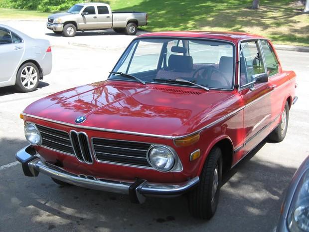 1973年モデルのBMW2002(撮影:土方細秩子)