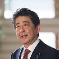 取材に応じる安倍晋三首相=首相官邸で2020年9月16日午前8時57分、吉田航太撮影