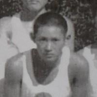 1964年東京五輪の聖火リレーで伴走を務めた菅義偉氏=高橋藤一さん提供