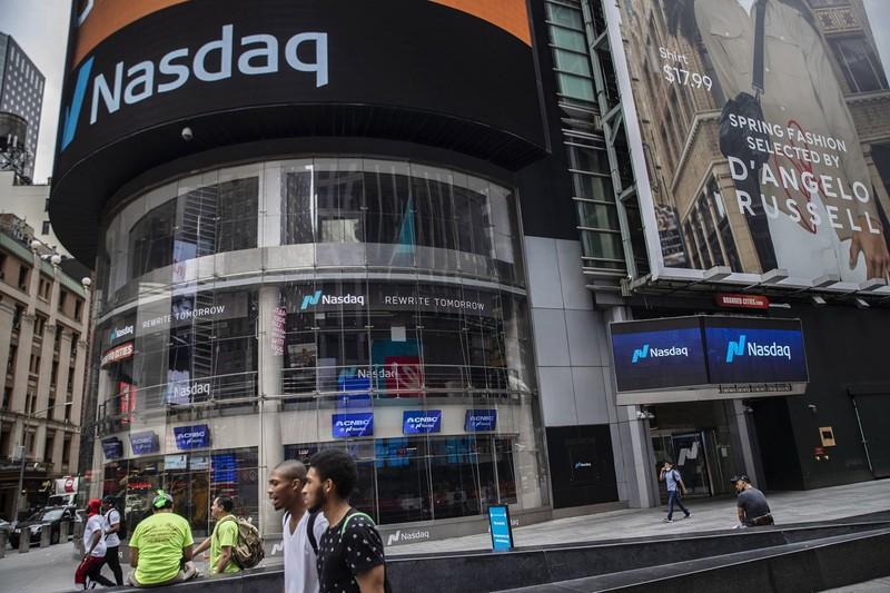 右肩上がりのトレンドを維持する米NASDAQ(Bloomberg)