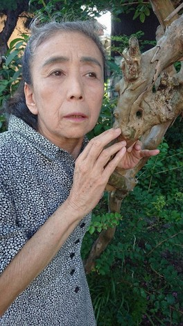 Artist Eiko Otake is seen in this photo taken in the city of Sagamihara, Kanagawa Prefecture, on Aug. 28, 2020. (Mainichi/Miki Myochin)