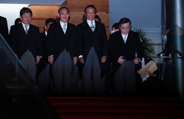 菅内閣が発足[写真特集51/53]- 毎日新聞