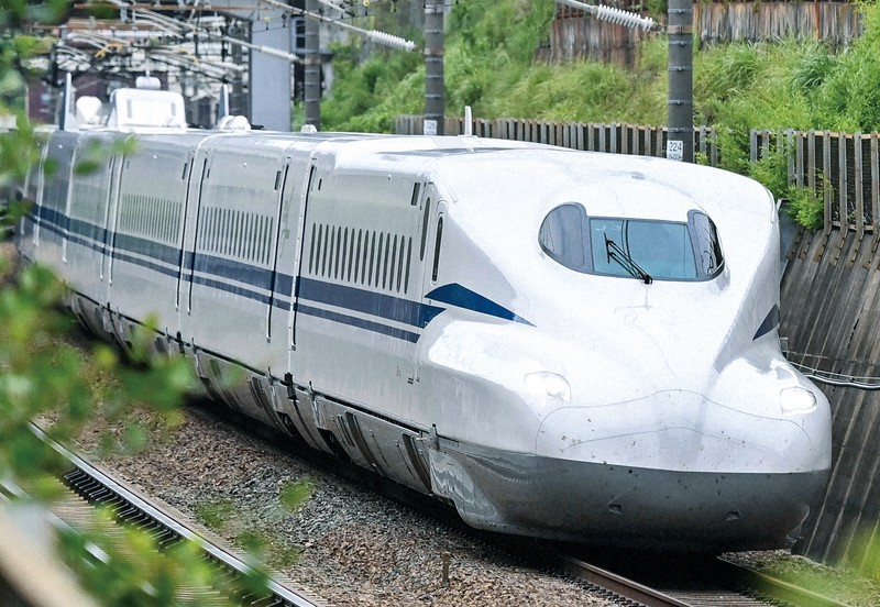 SiCパワー半導体を搭載した東海道新幹線新型車両「N700S」