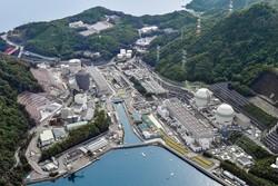 関西電力高浜原発(左から)1号機。2号機、3号機、4号機