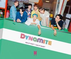 ビルボードシングルチャートで2週連続1位になったBTSの「Dynamite」 ビッグヒットエンターテインメント提供