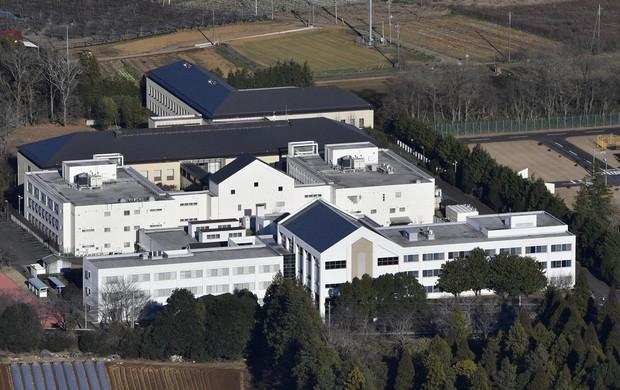 茨城県牛久市の「東日本入国管理センター」。多くの外国人が収容されている