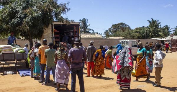 モザンビーク北部で過激派が攻勢 住民30万人避難 食料不足深刻化、軍の虐待疑惑も