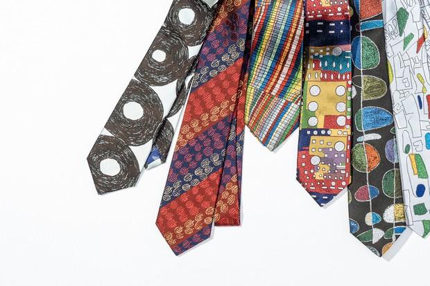 アート作品を図柄にしたネクタイ
