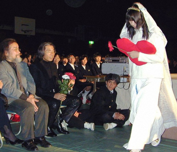 高田賢三さん死去 「郷土愛あふれる方」 地元姫路に悼む声 /兵庫 ...
