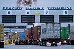 コロナ後はグローバル化の流れが後退するかもしれない(メリーランド州ボルティモア港)(Bloomberg)