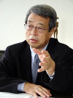牛尾治朗氏(2003年)