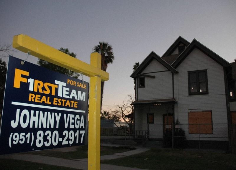 サブプライム問題で売家が目立つカリフォルニア州リバーサイド=2008年2月9日、國枝すみれ撮影