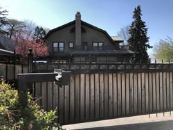 米ネブラスカ州オマハにあるバフェットの自宅(岡本兵八郎マネックス証券チーフ・外国株コンサルタント提供)