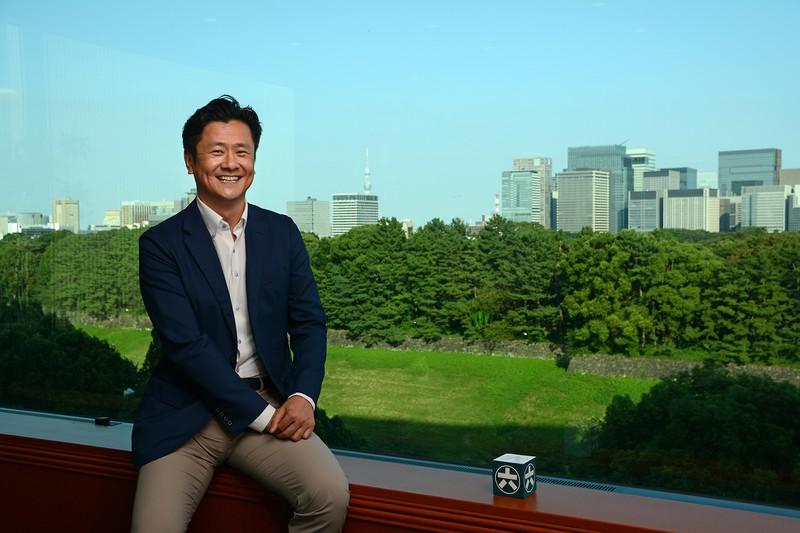 Interviewer 藤枝克治(本誌編集長)Photo 武市 公孝、千代田区の本社で