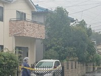 A house where a brother had allegedly stabbed his younger siblings is seen in the suburban Tokyo city of Higashimurayama on Oct. 23, 2020. (Mainichi/Takuya Suzuki)