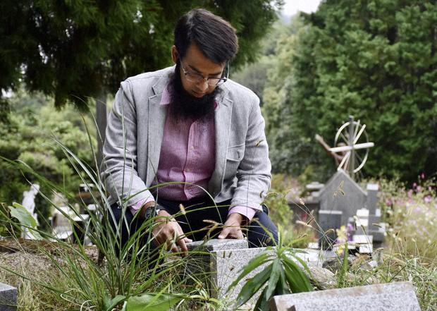 イスラム教徒「お墓ない」 大分・住民、土葬に反発 役場「公衆衛生問題 ...