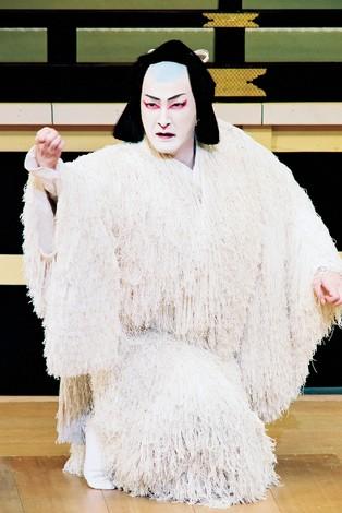 源九郎狐を演じる中村獅童 松竹提供