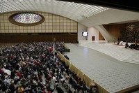 Faithful gather in the Paul VI hall during Pope Francis's weekly general audience at the Vatican, on Oct. 21, 2020. (AP Photo/Gregorio Borgia)