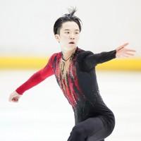 【西日本フィギュアスケート選手権第2日】男子フリー、演技をする友野一希=京都アクアリーナで2020年10月31日(代表撮影)