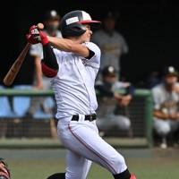 【阪神6位指名】中野拓夢(三菱自動車岡崎)内野手/172センチ、68キロと小柄だが、巧みなバットコントロールで広角に打ち分ける。守備も堅実で二塁手、遊撃手をこなす=2020年10月4日、兵藤公治撮影