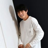 お笑い芸人、ジャルジャルの福徳秀介さん=東京都千代田区で2020年10月13日、竹内紀臣撮影