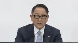 オンラインで会見する豊田章男・トヨタ自動車社長