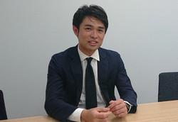インタビューに応じる豊田剛一郎氏=2020年10月28日、阿部亮介撮影