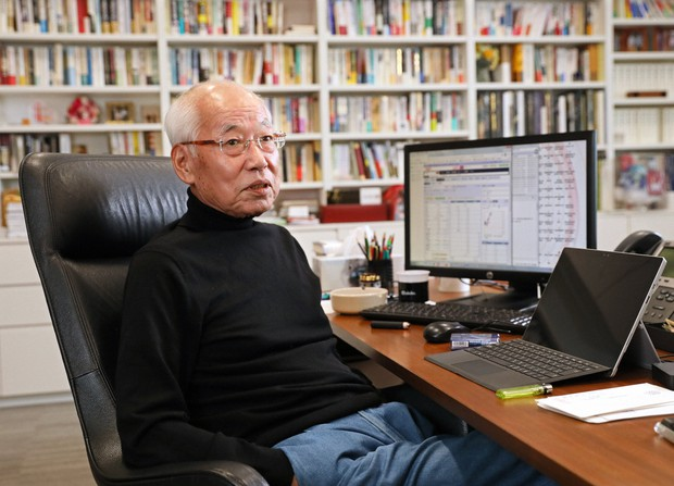 IIJの鈴木幸一会長=東京都千代田区で2019年2月26日、佐々木順一撮影