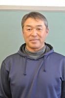 村本忠秀さん=高岡市本郷2の高岡第一高で2020年11月9日、青山郁子撮影