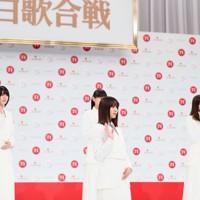 第71回NHK紅白歌合戦の初出場が決まった櫻坂46のメンバー=東京都渋谷区で2020年11月16日午後0時49分、吉田航太撮影