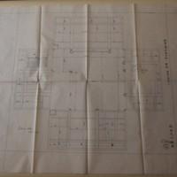 「紐育高峰博士邸 玄関」と記入がある設計図=京都市上京区で2020年8月12日午前11時43分、南陽子撮影